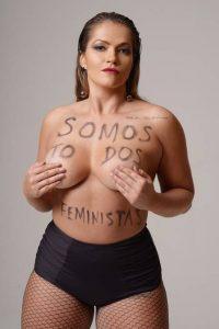 ensaio fani 200x300 - Fani Pacheco, com 15 quilos a mais, faz ensaio empoderado e de topless