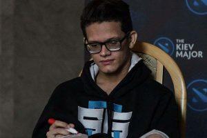 Jovem patoense integra equipe tri-campeã brasileira de video game e representa o Brasil na Ucrânia