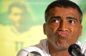 roma.145502 300x198 - Romário chama técnico de imbecil e elogia Neymar: 'Grande nome'