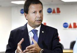 Para presidente da OAB, arquivar cassação de Aécio é 'debochar da sociedade