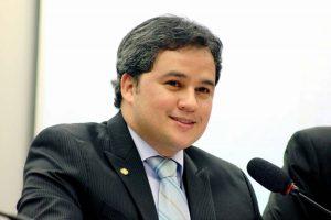 Dep. Efraim Filho 300x200 - Efraim Filho apoia reivindicações dos agentes de trânsito
