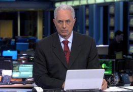 """William Waack se irrita com falha no telão do """"Jornal da Globo"""""""