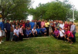 Efraim Filho reúne lideranças políticas em Santa Luzia