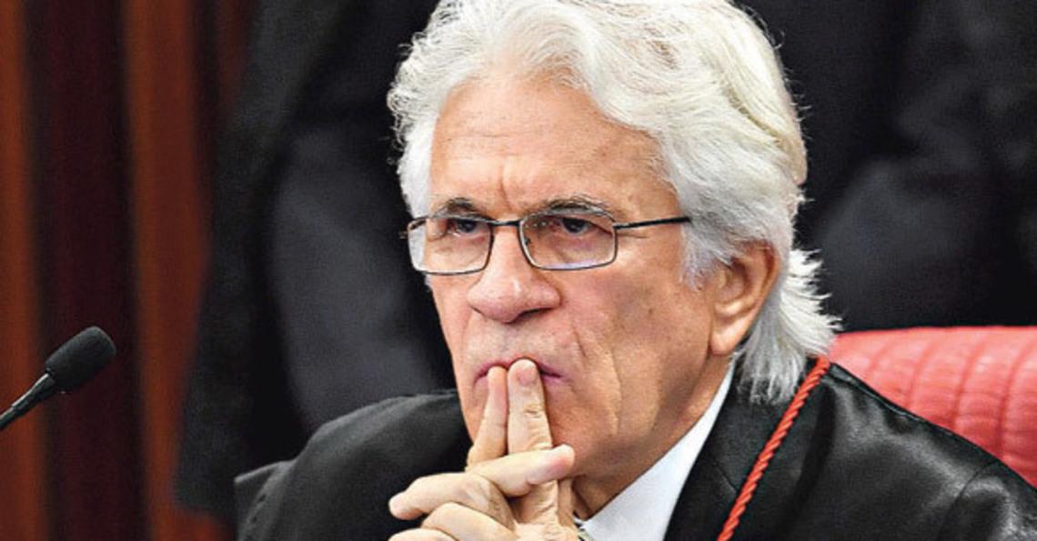ATENÇÃO: Ministro 'pro-temer' do TSE está na delação da OAS
