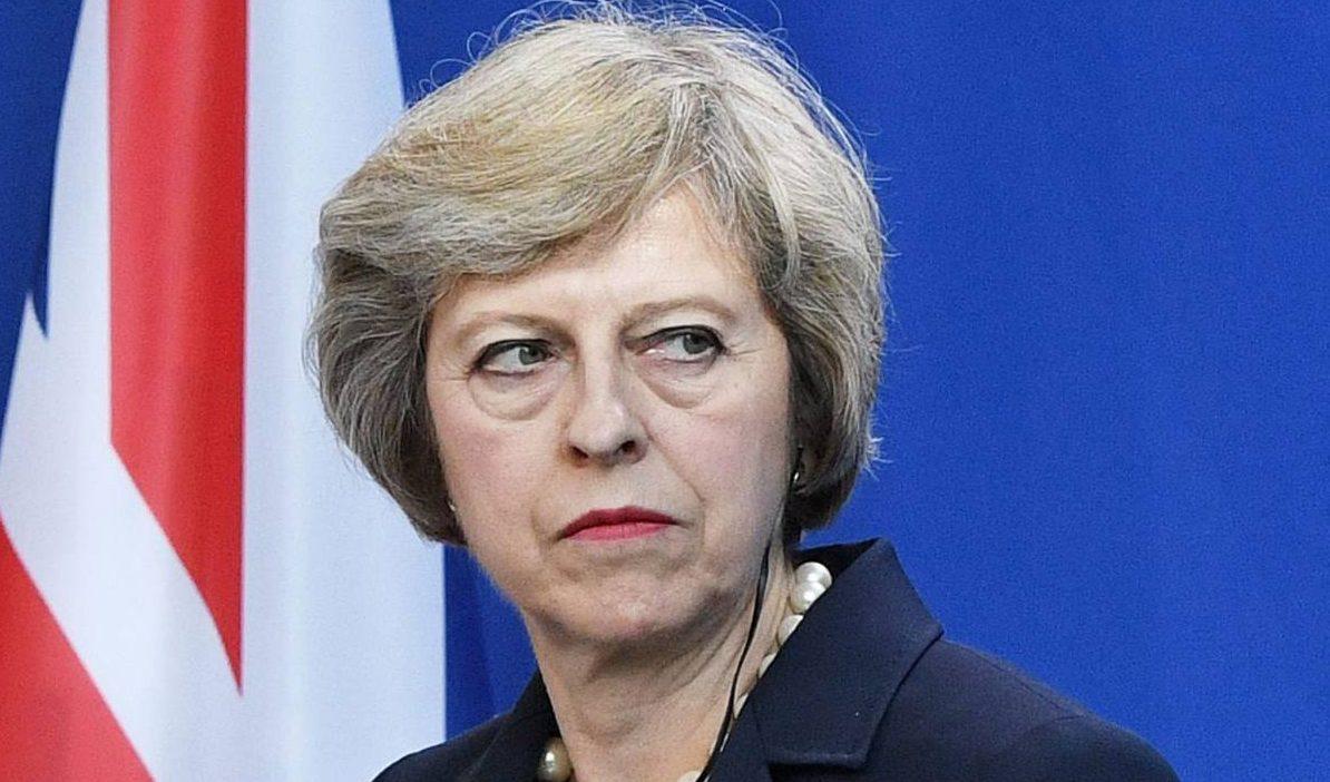 Eleições gerais no Reino Unido, antecipadas por Theresa May, já começaram