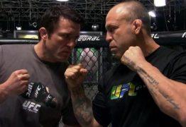 Duelo entre Wanderley Silva e Chael Sonnen é confirmado após lutadores baterem o peso