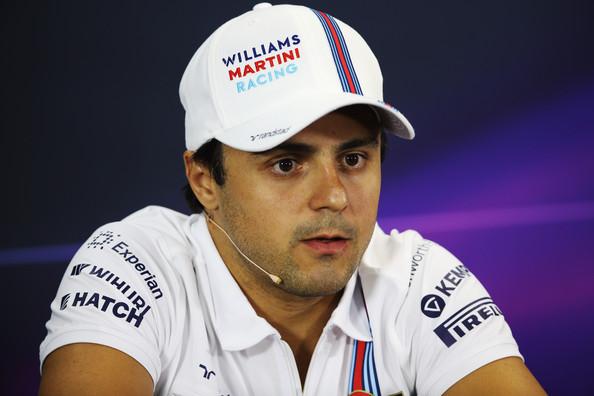 Felipe Massa fecha novo contrato e disputará categoria de carros elétricos