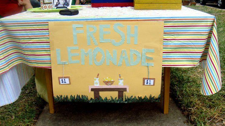 a041489ff963359886c6d2b13816c457 - Menina de 5 anos é multada por vender limonada 'sem licença'
