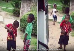 Pai bandido posta vídeo ensinando filhos a serem criminosos