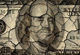 Dólar registra 5ª queda consecutiva e menor nível desde 16 de maio