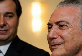 Em meio a clima de desconfiança, Temer viaja para Argentina e deixa Maia na Presidência