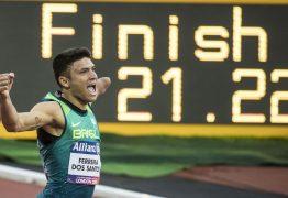 Velocista paraibano Petrúcio Ferreira é ouro e quebra recorde dos 200m no Mundial de Atletismo