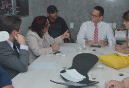 Câmara vai intermediar diálogo entre carroceiros, ambulantes e Prefeitura de JP