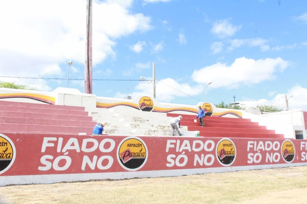 IMG 20170807 WA0101 - Prefeitura de Patos intensifica reformas do estádio José Cavalcanti