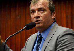 Prefeitura de São João do Rio do Peixe recebe ônibus escolar a pedido de Trocolli Júnior