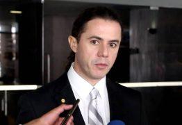 Veneziano Vital, Jarbas Vasconcelos e os outros 4 deputados entram com mandado contra punição no PMDB – VEJA VÍDEO