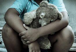 Treinador de futebol é suspeito de estuprar 18 crianças