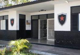 Em busca de novo treinador, Botafogo-PB tem primeiro alvo e já faz sondagem