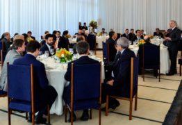Deputados Federais paraibanos tomam café com Michel Temer no Palácio da Alvorada