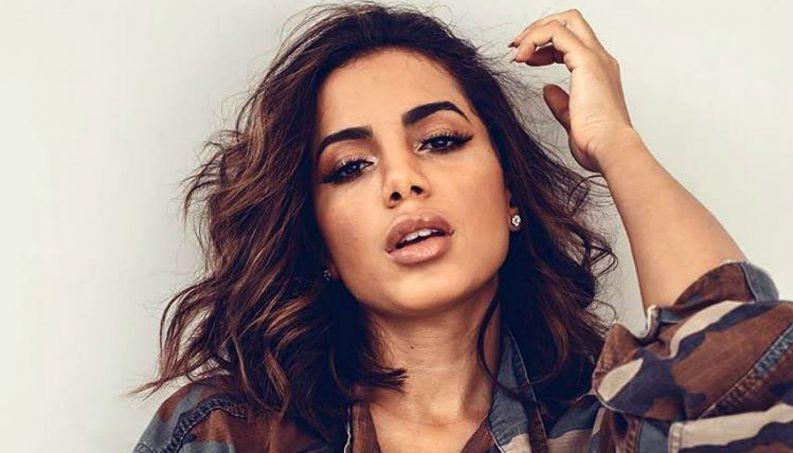 cantora anitta famosa 0417 1400x800 - VEJA VÍDEO: Anitta é debochada em balada nos EUA e tem a vingança perfeita