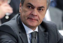 Justiça determina que União cumpra teto no salário do senador Cássio