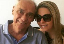 VEJA VÍDEO: Namorada de Marcelo Rezende agradece apoio dos fãs