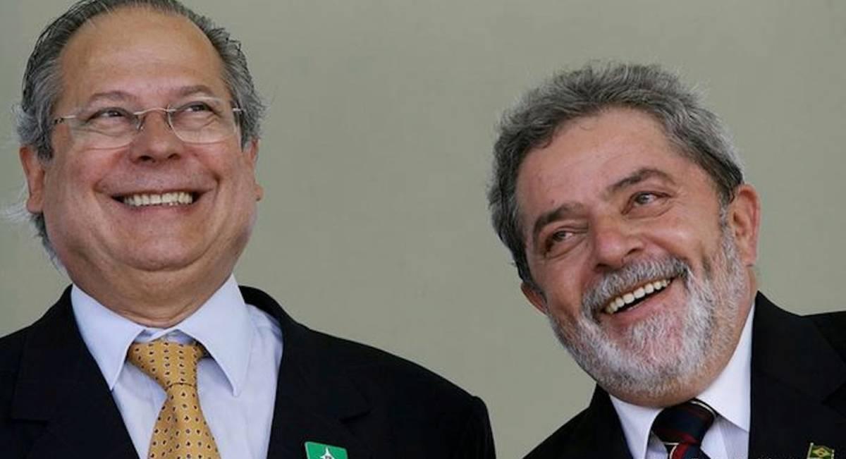 lula e dirceu 2 - A fogueira de Dirceu e o abandono do PT - Por Leandro Borba