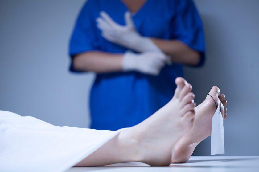 morto - Enfermeiras são afastadas após admirarem genital de paciente morto