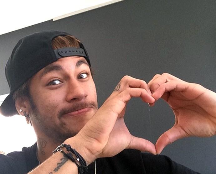 neymar fail 69 - 'Neymar quer mesmo um novo amor', diz amigo do jogador