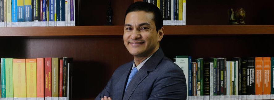 ESCÂNDALOS: Novos áudios da JBS mostram propina a ministro Marcos Pereira e caixa 2 de Aécio