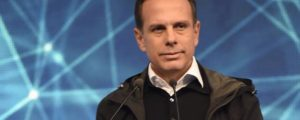 Doria 1200x480 1 300x120 - João Dória critíca postura do PSDB e pede que partido passe a falar a língua do povo