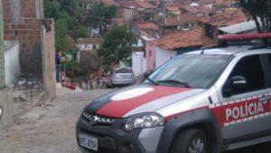 torcedor campinense 300x169 - Membro da torcida organizada do Campinense é morto após briga com rivais do Treze