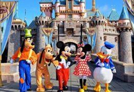 Menina de nove anos compra viagem para Disney no celular enquanto pai dormia