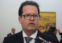 Presidente do TCE vai recorrer a Justiça para manter concurso do órgão