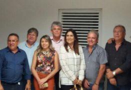 Treze prefeitos do PMDB declaram apoio a João Azevedo coordenados por Nabor