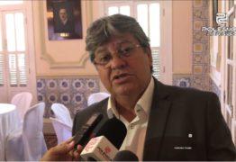 Oposição acusa Azevedo de acumular cargos: 'desafio qualquer um a provar que tem uma vida mais limpa que a minha', responde secretário