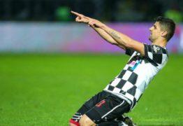Chapecoense tenta a contratação de zagueiro que atua em Portugal