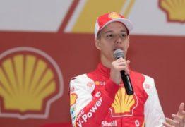 Piloto brasileiro de 15 anos entra para academia da Ferrari