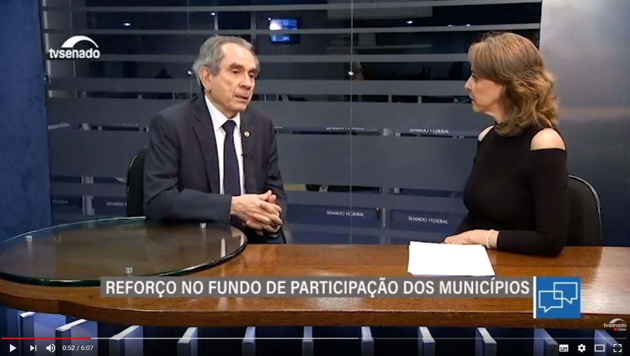 Em entrevista à TV Senado Raimundo Lira ressalta importância do aumento de repasses ao FPM