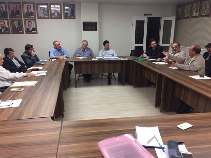 reunião turismo 696x522 - Membros do Conselho de Turismo de Campina Grande tomam posse nesta sexta-feira (15)