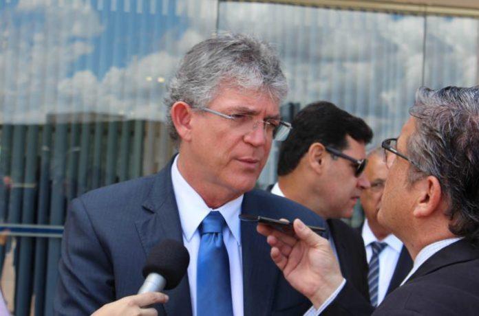 Ricardo participa da abertura dos trabalhos na Assembleia Legislativa