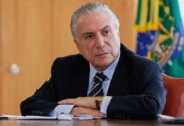 Após assumir candidatura Temer se reúne com Sarney em Brasília