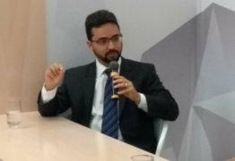 Tibério diz que críticas de Cartaxo a João Azevedo é recalque
