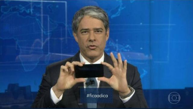 william bonner - VEJA VÍDEO: No 'Jornal Nacional', William Bonner faz 'tutorial' de como gravar vídeo no celular
