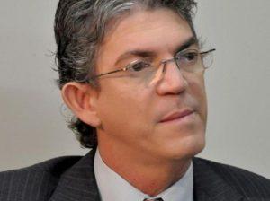 Ricardo Coutinho2 898x670 300x224 - Ricardo confirma pagamento de janeiro do servidor estadual para terça e quarta