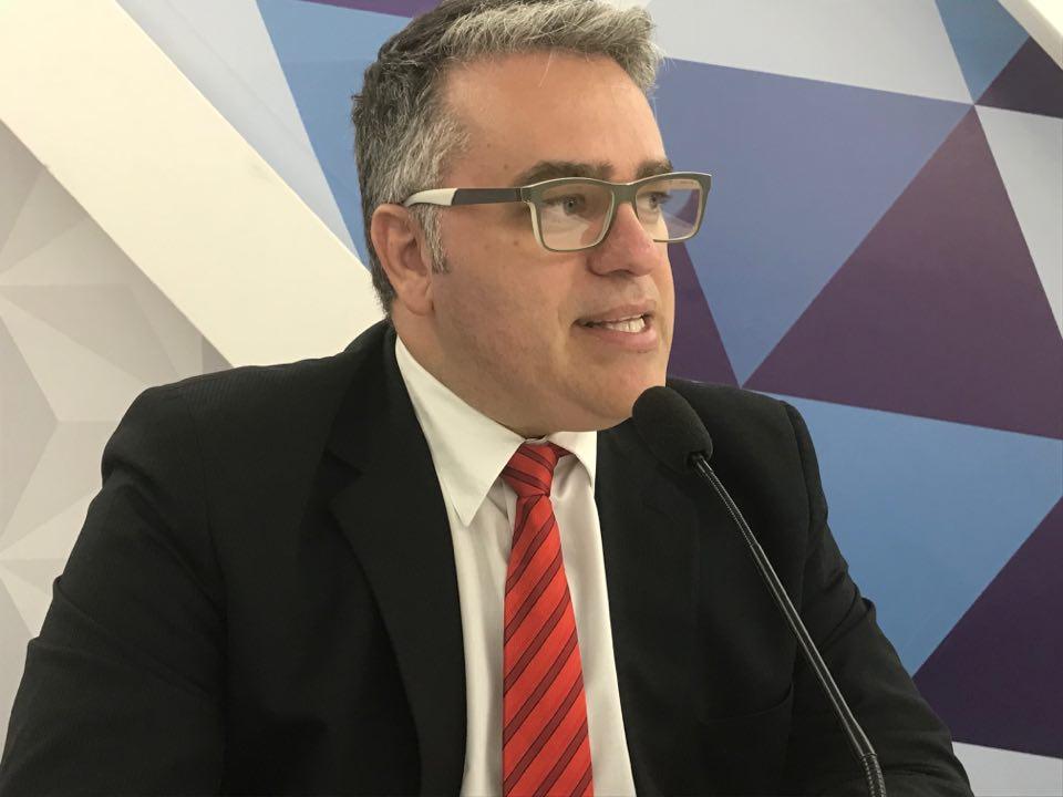 VEJA VÍDEO – Diretor do Denatran comenta questão das multas para pedestres e ciclistas: 'Tem que ter serenidade'