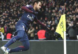 """Perfeito! Neymar é o 2º da história do Francês a ganhar nota 10 do """"L'Équipe"""""""