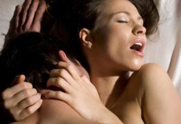 Britânica relata melhora na vida sexual após tomar a 'injeção do orgasmo' -VEJA VÍDEO