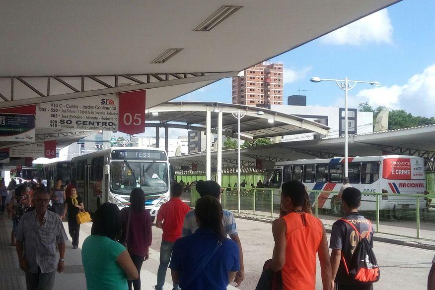 EM CAMPINA GRANDE: Ônibus não vão mais receber dinheiro à noite