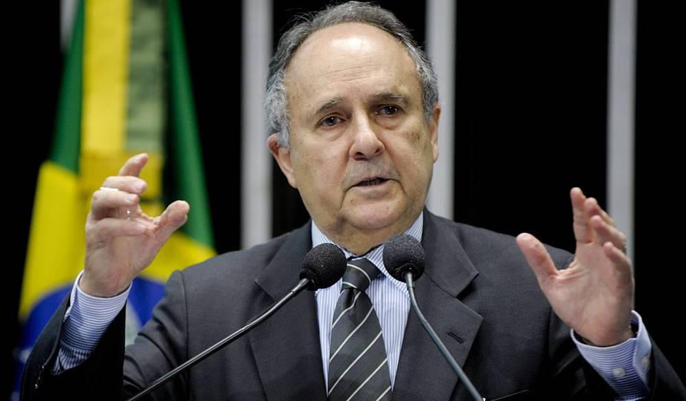 Cristovam buarque - Cristovam Buarque é internado no Hospital do Coração do Brasil